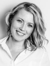 Tiina Kaakkunen - Valokuvaaja: Saku Pönkänen