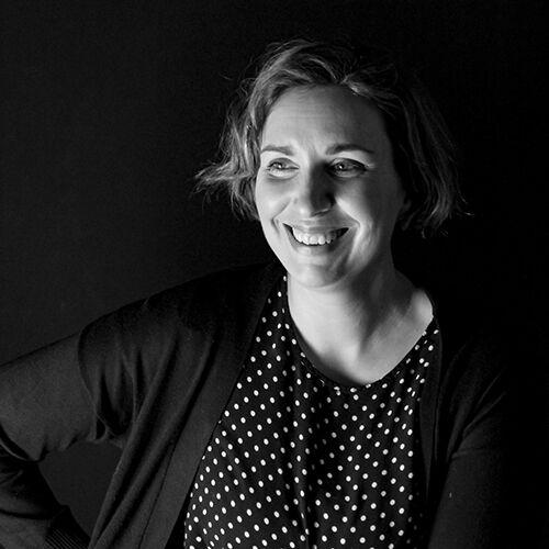 Elina Malmi, graafinen suunnittelija / kuvittaja
