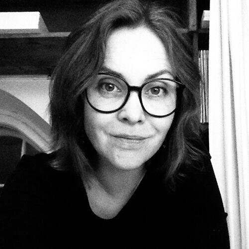 Marjo Thomas, Art director & graafinen suunnittelija, kuvittaja